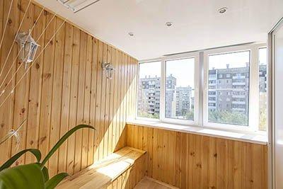 Облицовка балкона лоджии